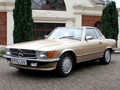 Navigate to Lot 223 - 1988 Mercedes-Benz 300 SL Roadster