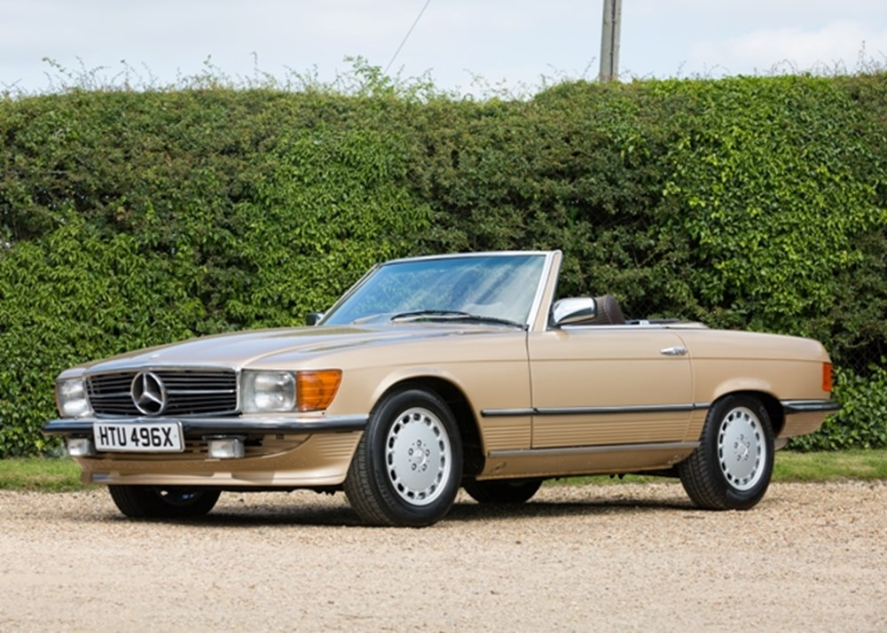 Lot 215 - 1982 Mercedes-Benz 500 SL Roadster