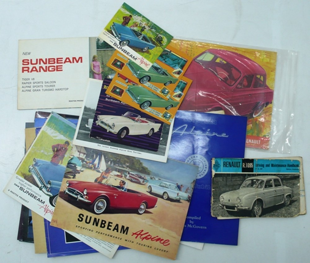 Lot 010 - motoring books and brochures