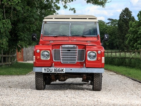 Ref 34 1982 Land Rover Series III 88 County (short wheelbase)