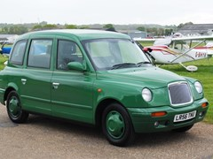 Navigate to Lot 419 - 2006 Lti London Taxi TXII Gold