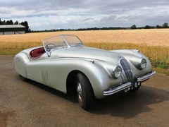 Navigate to Lot 268 - 1951 Jaguar XK120 Roadster