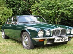 Navigate to Lot 212 - 1977 Daimler Sovereign Long Wheelbase Series II Saloon