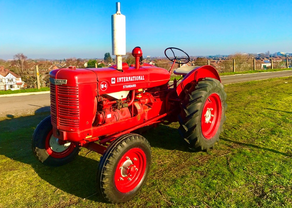 Lot 103 - 1940 International Harvester Standard W4 McCormick Tractor