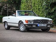 Navigate to Lot 220 - 1982 Mercedes-Benz 500 SL Roadster