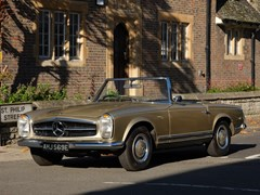 Navigate to Lot 268 - 1967 Mercedes-Benz 250 SL Pagoda