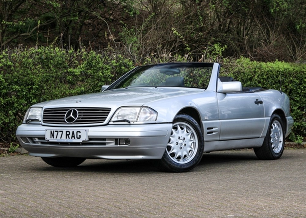 Lot 217 - 1996 Mercedes-Benz SL 320 Roadster