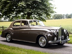 Navigate to Lot 191 - 1961 Rolls-Royce Silver Cloud II