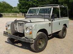 Navigate to Lot 113 - 1972 Land Rover 90 Series II Soft-top