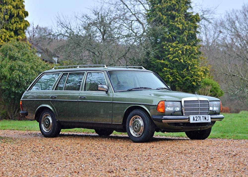 Lot 124 - 1983 Mercedes-Benz 280 TE  Estate 'Seven Seat'