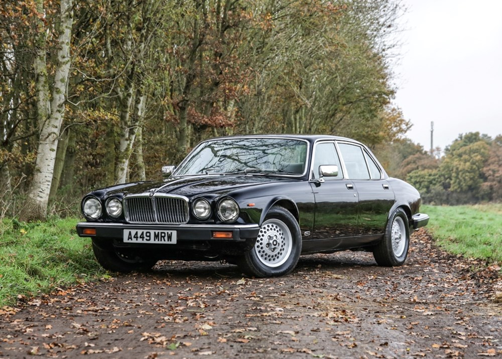 Lot 262 - 1984 Jaguar Sovereign V12 Series III (5.3 Litre)
