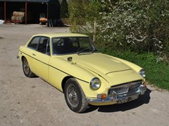 Navigate to Lot 118 - 1969 MG C GT