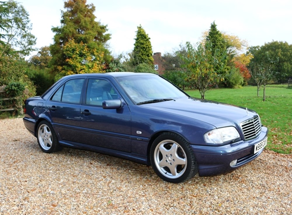 Lot 209 - 2000 Mercedes-Benz C 43 AMG