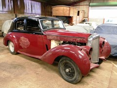 Navigate to Lot 302 - 1953 Bentley R-Type Standard Steel Saloon