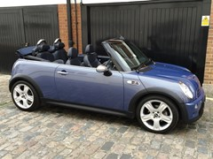 Navigate to Lot 289 - 2004 Mini Cooper S Convertible