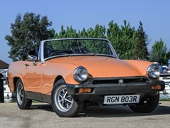 Navigate to Lot 159 - 1976 MG Midget