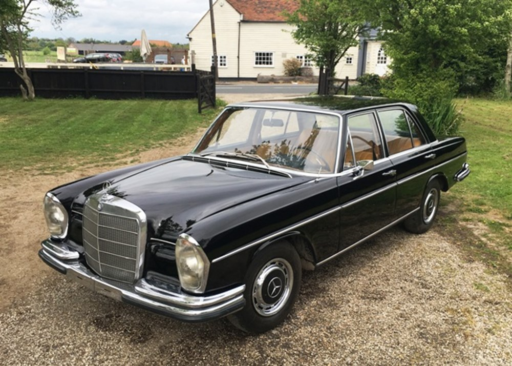 Lot 135 - 1966 Mercedes-Benz 250 S (W108)