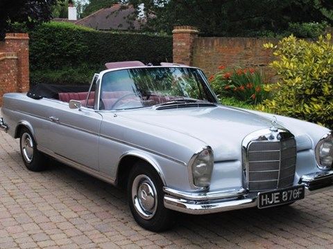 1967 Mercedes-Benz 300SE Convertible