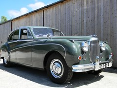 Navigate to Lot 269 - 1960 12947 Mk. IX Saloon
