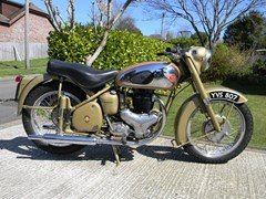 Navigate to Lot 367 - 1955 BSA Golden Flash