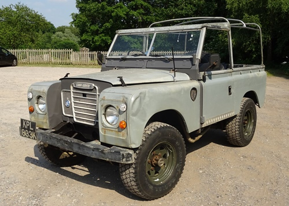 Lot 113 - 1972 Land Rover 90 Series II Soft-top