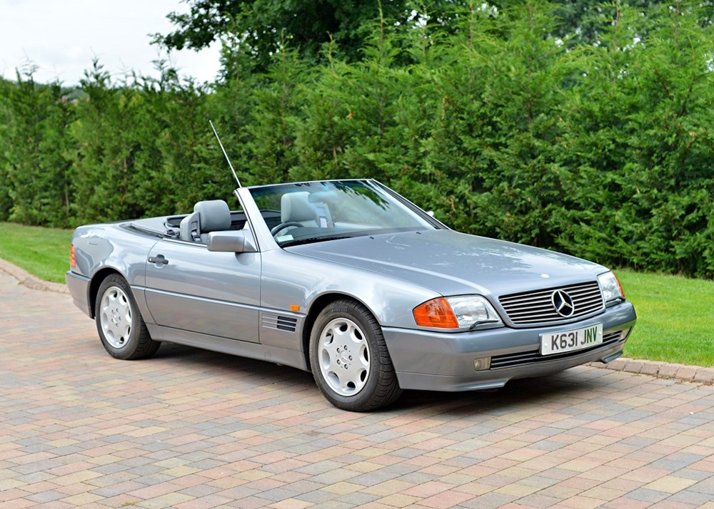 Lot 204 - 1992 Mercedes-Benz 300 SL-24 Roadster