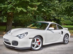 Navigate to Lot 319 - 2000 Porsche 911/996 Turbo