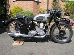 Navigate to Lot 349 - 1939 BSA M24 Gold Star