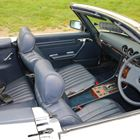 Ref 37 1984 Mercedes-Benz 500 SL Roadster -