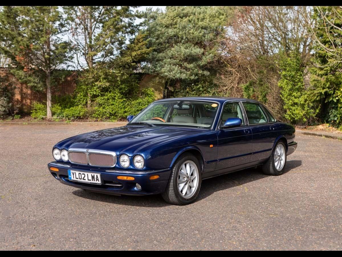 2002 Jaguar XJ8 SE (4.0 litre)