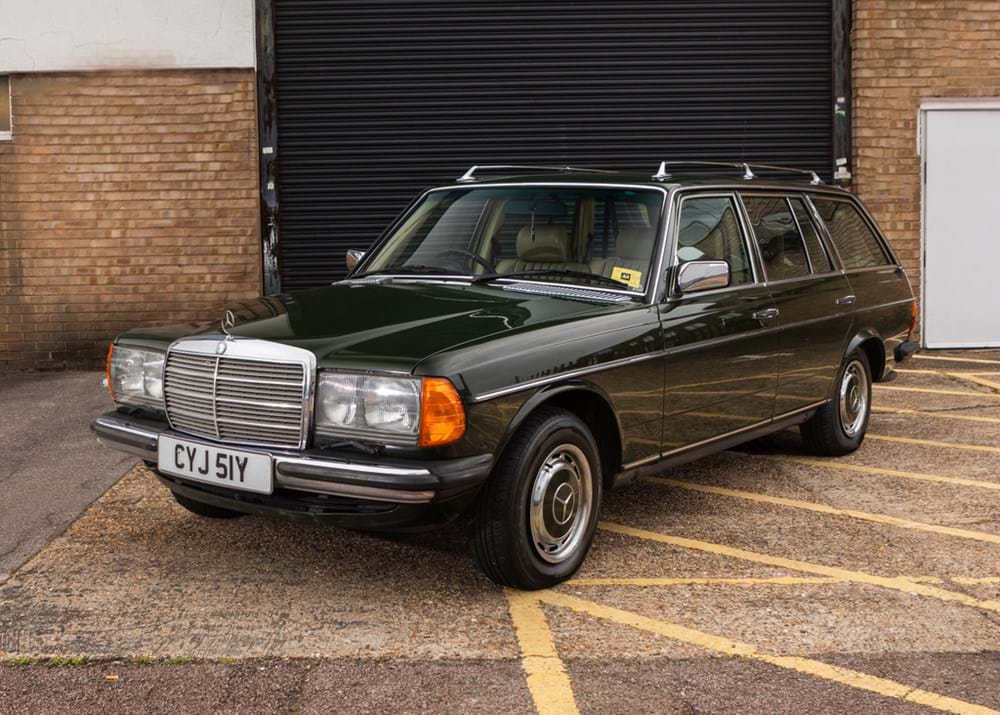Lot 134 - 1982 Mercedes-Benz 280 TE Estate 'Seven Seat'