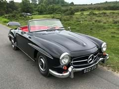 Navigate to Lot 231 - 1962 Mercedes-Benz 190 SL Roadster