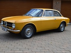 Navigate to Lot 272 - 1971 Alfa Romeo 1300 GT Junior