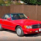 Ref 100  1987 Mercedes Benz 560 SL Roadster -