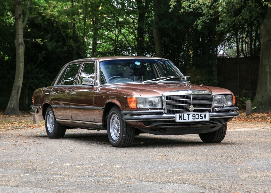 JAMES HUNT MERCEDES LINES UP ON HISTORICS AUCTION GRID