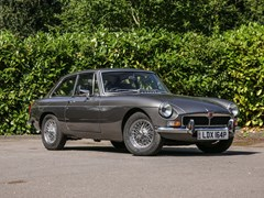 Navigate to Lot 211 - 1975 MG BGT