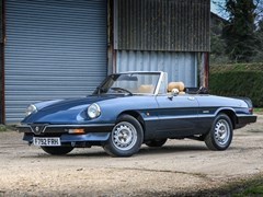 Navigate to Lot 235 - 1989 Alfa Romeo Spider