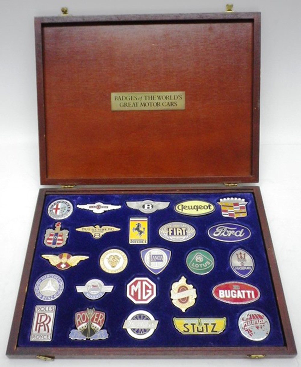 Lot 082 - Danbury Mint Car Badges