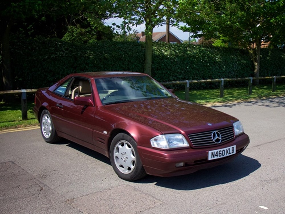 Lot 212 - 1996 Mercedes-Benz 280 SL Roadster