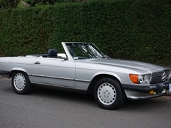 Navigate to Lot 247 - 1988 Mercedes-Benz 560 SL