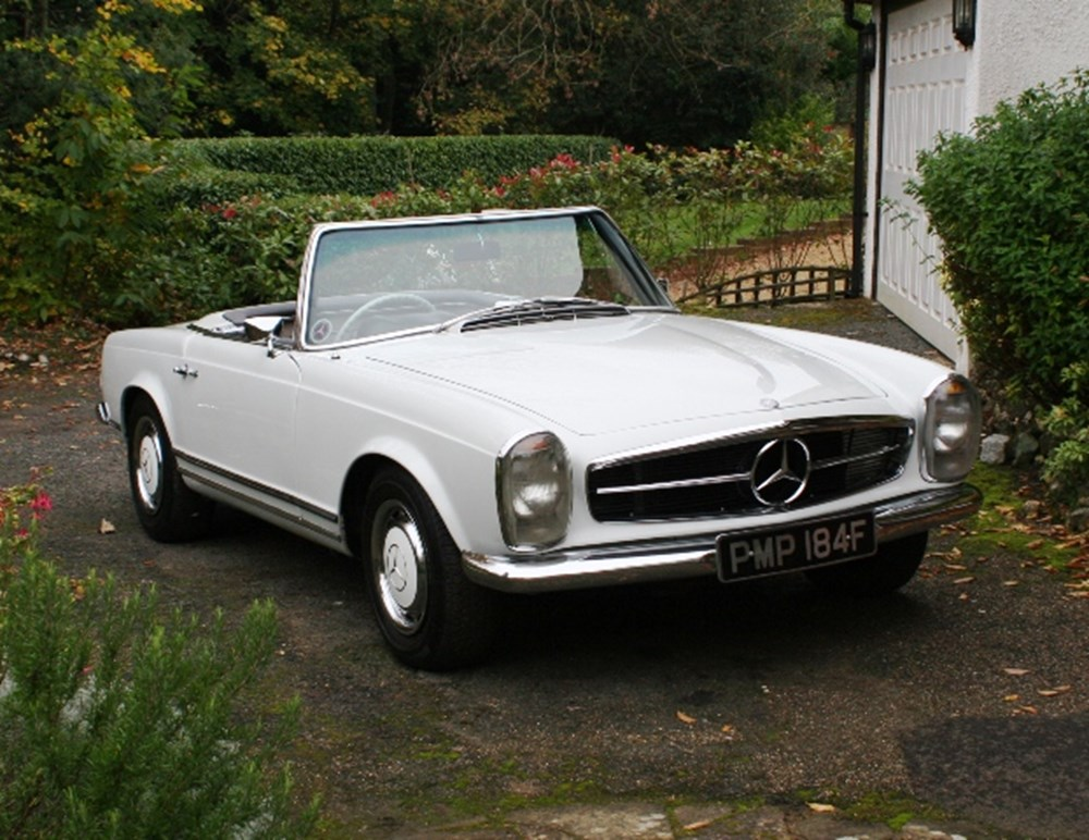 Lot 235 - 1967 Mercedes-Benz 250 SL Pagoda