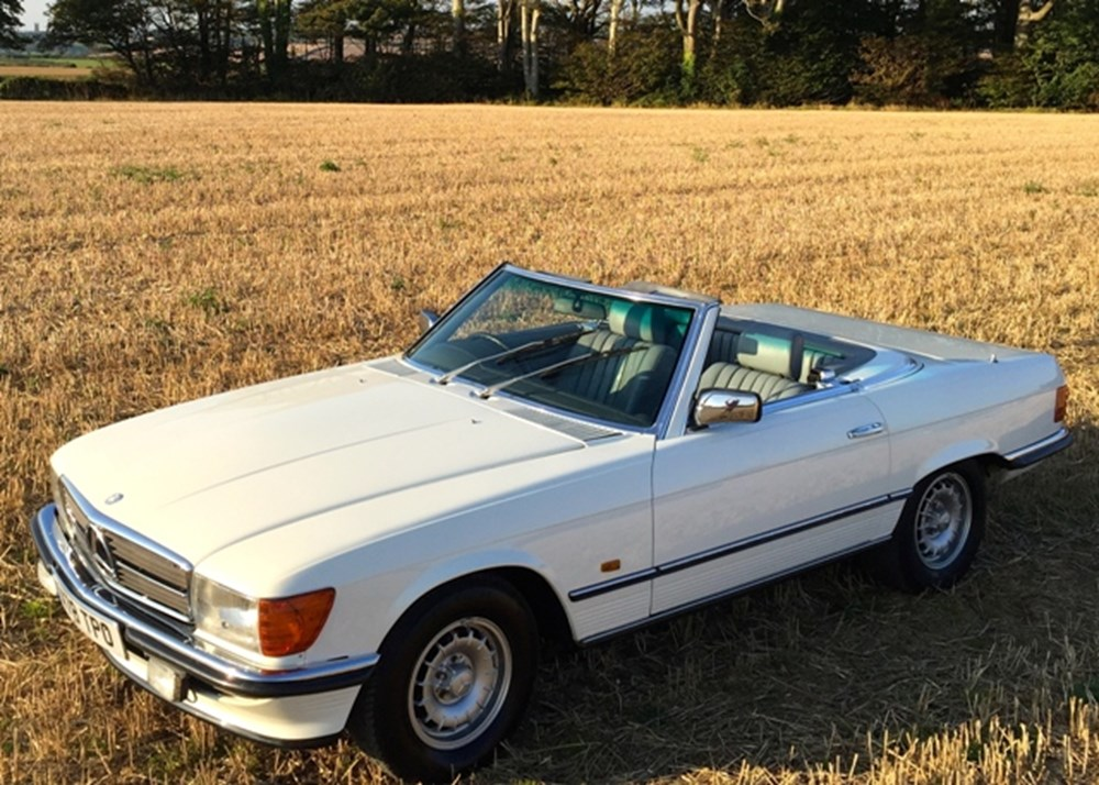 Lot 227 - 1983 Mercedes-Benz 380 SL Roadster