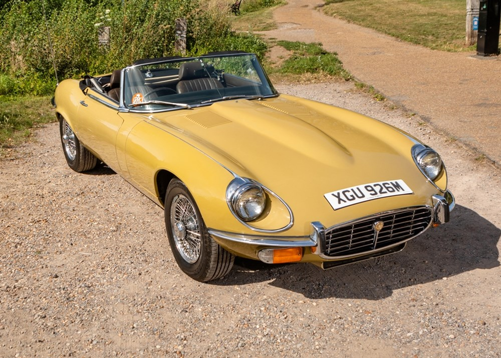 Lot 215 - 1973 Jaguar E-Type Series III Roadster