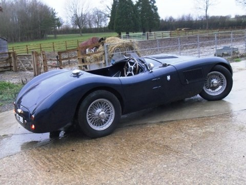 REF 123 1964 Jaguar C-Type Replica