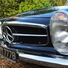 Mercedes-Benz 230SL (black) -