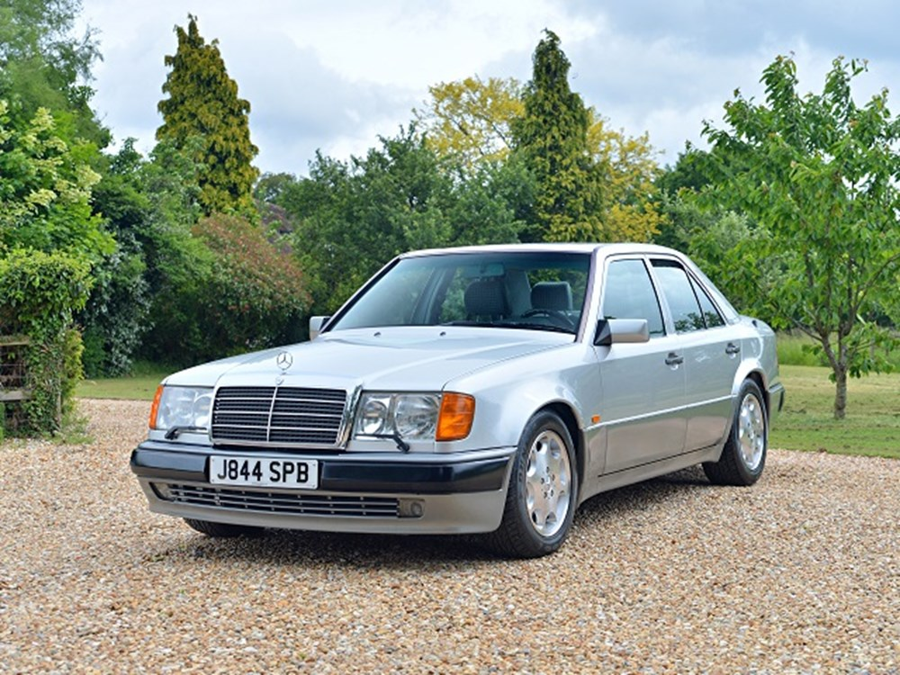 Lot 235 - 1991 Mercedes-Benz 500E