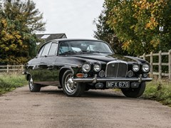 Navigate to Lot 256 - 1969 Jaguar 420 G