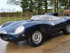 Navigate to Lot 171 - 1976 Jaguar D-Type Replica