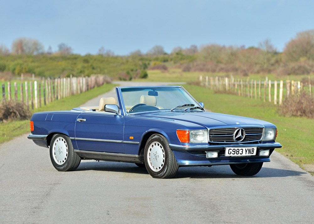 Lot 193 - 1989 Mercedes-Benz 300 SL Roadster