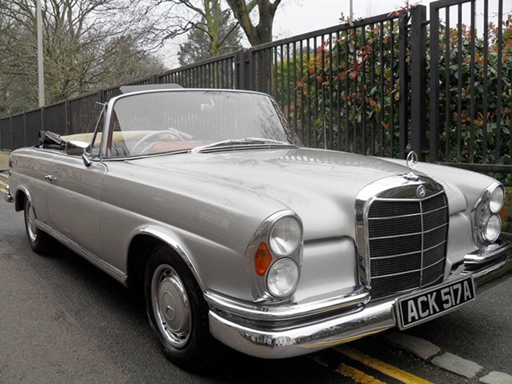 Lot 339 - 1963 Mercedes-Benz 220SE Cabriolet